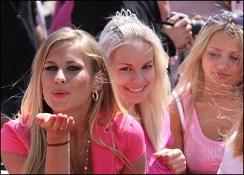 ラトビアのブロンド祭り